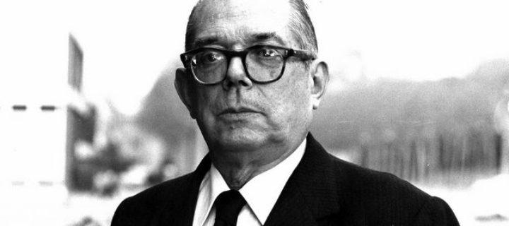 التاريخ بين النظرية والتطور الإجتماعي – بيار فيلار