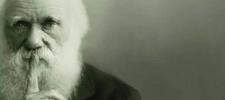 مذكرات رحلة حول العالم لتشارلس داروين – محمد يوسف حسن