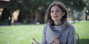 تأثير اللغة في تفكيرنا – ليرا بوروديتسكي