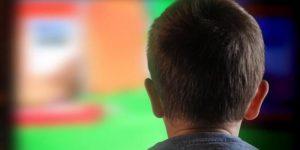 إدمان الشاشة يلقي بظلاله على الأطفال – جين أ. برودي / ترجمة: عبدالرحمن الزعيبي