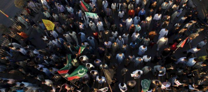 لعبة باكستان: الرابح الأكبر من الخلاف السعودي الإيراني – أليكس فاتانكا / ترجمة: ناصر المري