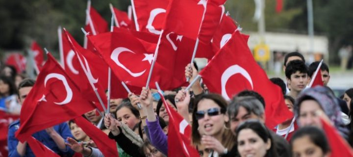فشل أنقرة: كيف خسرت تركيا الربيع العربي – جوناثان سكانزير، ميرف طاهر اوغلو / ترجمة: غادة اللحيدان