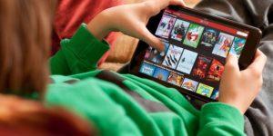 الاستخدام المفرط للتكنولوجيا: قدرة الأطفال على تذكر ما يقرؤونه – ترجمة: العذوق التيماني