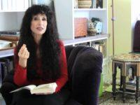 ديانا أكرمان: الغاية من التطور والوجود (الصراع الأبدي) – ماريا بوبوفا / ترجمة : دلال الحربي