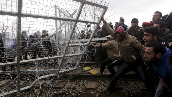 صعود الشعبوية: لم يعيش الغرب في أزمة؟ – فريد زكريا / ترجمة: إبراهيم محسن