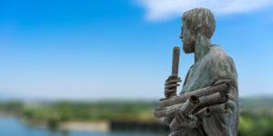 كيف يمكن لتدريس الفلسفة أن يساعدنا على محاربة التطرف؟ – أنجي هوبز / ترجمة: عمر فتحي