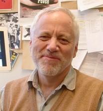 د. توماس واتنبيرغ، محاضر الفلسفة ودراسات الأفلام، وكاتب مقالة فلسفة الفيلم