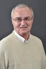 د. مايكل بريتشارد، كاتب مقالة فلسفة للأطفال على موسوعة ستانفورد