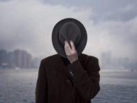 لماذا يقصدُ الرجالُ بائعات الهوى؟ – جولي بيندل / ترجمة: مصطفى الحفناوي