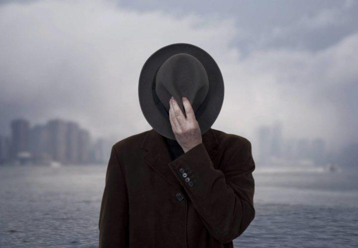 لماذا يقصدُ الرجالُ بائعات الهوى ؟ – جولي بيندل / ترجمة: مصطفى الحفناوي