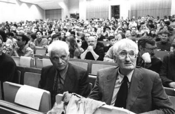 """جاك دريدا """"فيلسوف فرنسا المشاغب"""": حول العلاقة المعقدة بين هابرماس ودريدا – نادية سريجي"""